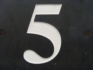 5 by Kristy Hall (CC)